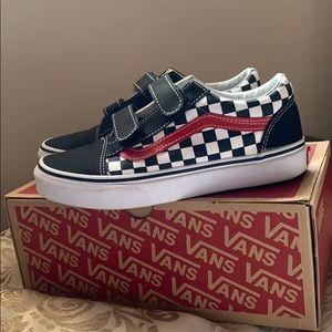 COPY - Checkerboard Black/Red Old Skool Vans